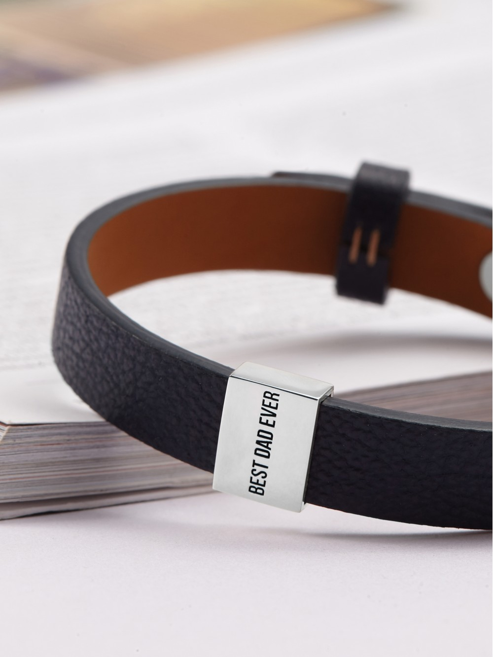 "Personalized Dad Bracelet - ""Best Dad Ever"""